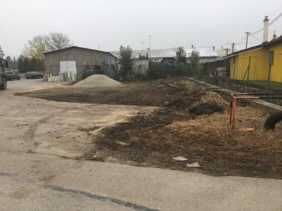 Nová odstavná plocha pred cintorínom Ladce 2017