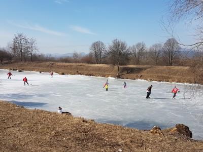 Zamrznuté rybníky v Ladcoch 2018