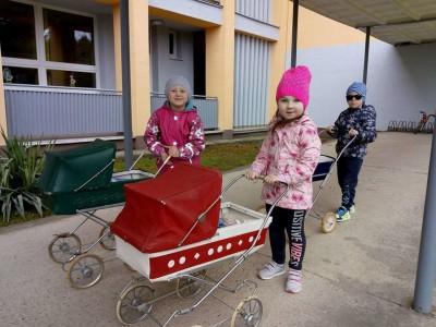 Retro kočíky v MŠ Ladce 2018