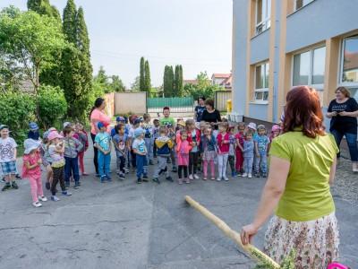 V škôlke sa staval máj 2018
