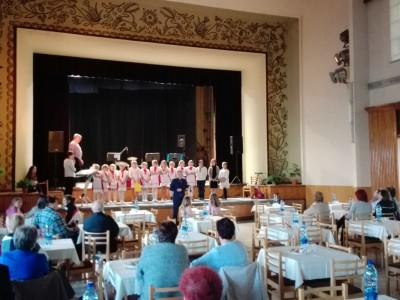 Stretnutie pri hudbe - mesiac úcty k starším 2016