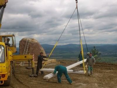 Stavba kríža na Butkove 2013