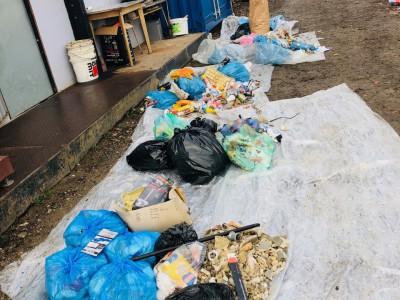 Kontrola smetných nádob so žiakmi ZŠ Ladce 2018