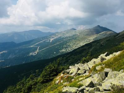 posledný pohľad na hrebeň Nízkych Tatier,v pozadí Chopok a Dereše