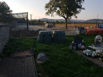 Kompostéry, Ladce